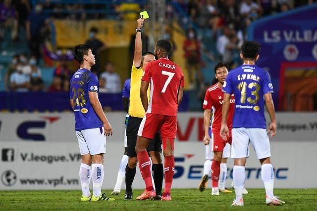 CLB Hà Nội 0-1 CLB Viettel: Trọng Hoàng ghi bàn, Quang Hải kém duyên - 15