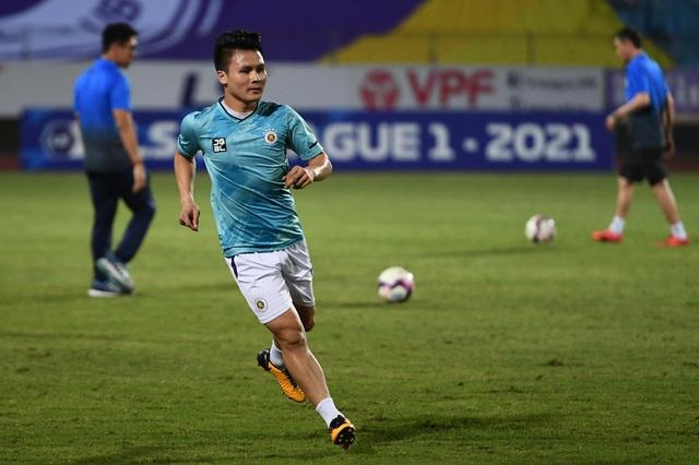 CLB Hà Nội 0-1 CLB Viettel: Trọng Hoàng ghi bàn, Quang Hải kém duyên - 24