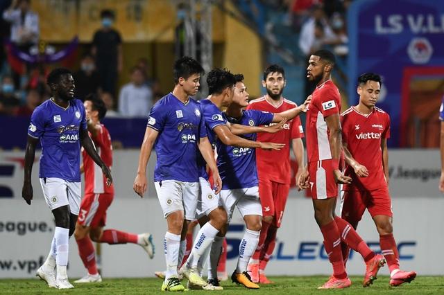 CLB Hà Nội 0-1 CLB Viettel: Trọng Hoàng ghi bàn, Quang Hải kém duyên - 16