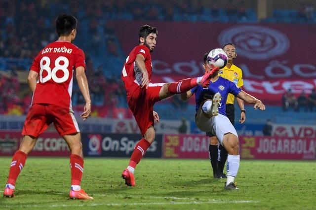 CLB Hà Nội 0-1 CLB Viettel: Trọng Hoàng ghi bàn, Quang Hải kém duyên - 5
