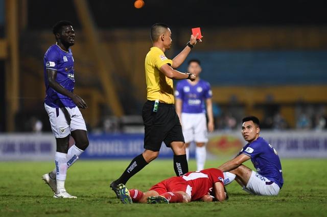 CLB Hà Nội 0-1 CLB Viettel: Trọng Hoàng ghi bàn, Quang Hải kém duyên - 3