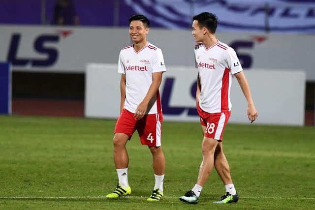 CLB Hà Nội 0-1 CLB Viettel: Trọng Hoàng ghi bàn, Quang Hải kém duyên - 26