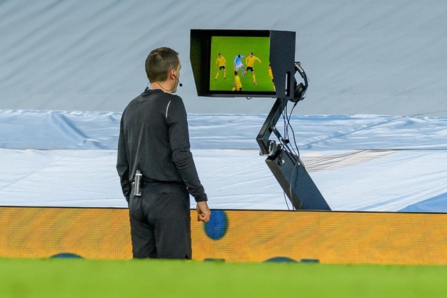 Haaland im tiếng, Dortmund thua Man City ở phút cuối - 3