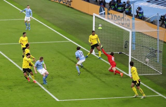 Haaland im tiếng, Dortmund thua Man City ở phút cuối - 2