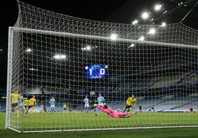 Haaland im tiếng, Dortmund thua Man City ở phút cuối - 4