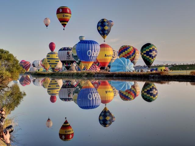Đắm mình vào mùa thu Nhật Bản trong lễ hội khinh khí cầu lớn nhất châu Á - 2