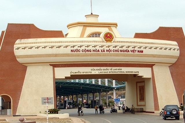 Bộ Ngoại giao kiến nghị tạm dừng một cửa một lần dừng ở cửa khẩu Lao Bảo - 1