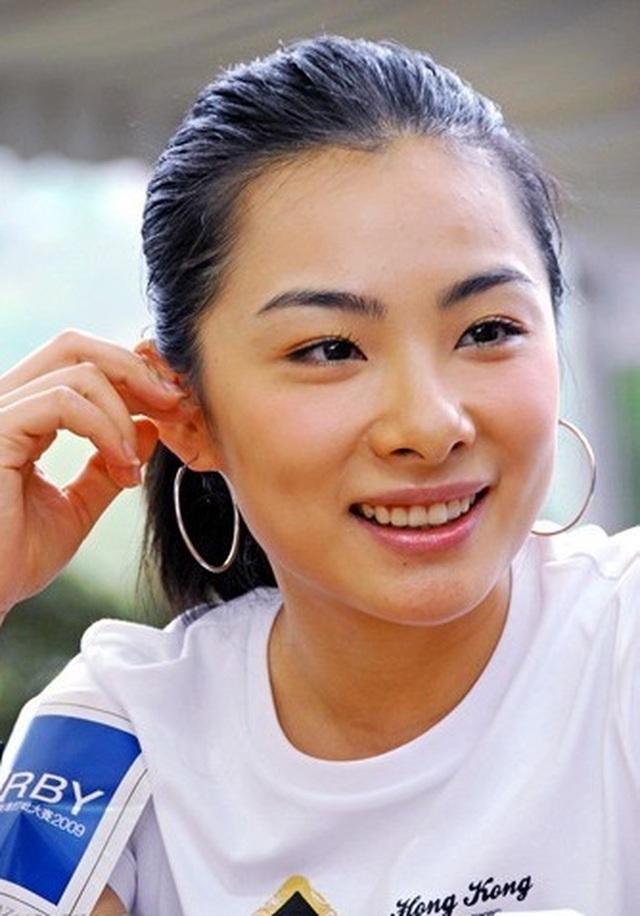 Những bóng hồng xinh đẹp nổi bật của thể thao Trung Quốc - 4