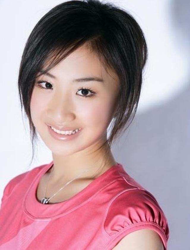 Những bóng hồng xinh đẹp nổi bật của thể thao Trung Quốc - 8