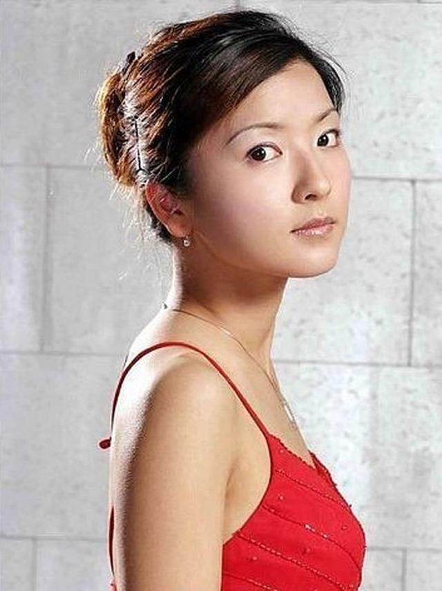 Những bóng hồng xinh đẹp nổi bật của thể thao Trung Quốc - 9