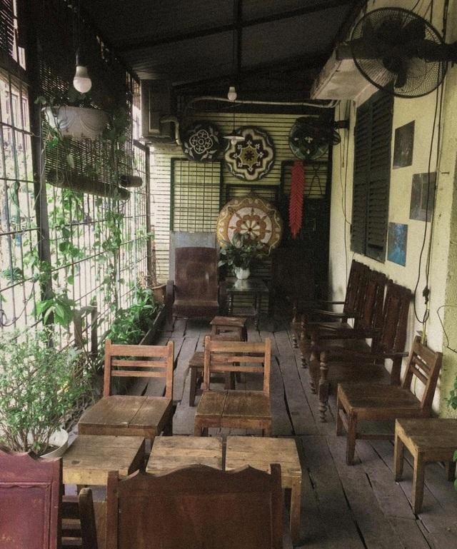 Những quán cà phê cũ kỹ dành cho ai muốn ngược dòng thời gian ở Thủ đô - 1