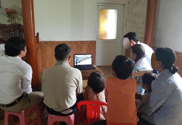 Phát hiện nhóm người gồm cả trẻ em tham gia Hội thánh Đức Chúa trời mẹ - 2