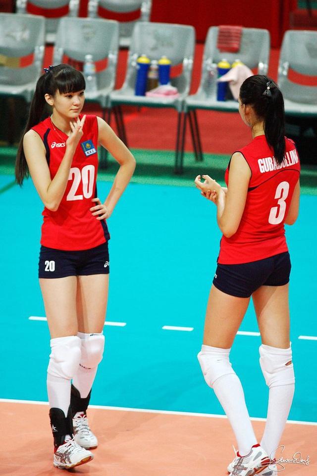 Nữ thần bóng chuyền châu Á bị xa lánh vì... quá xinh đẹp - 4