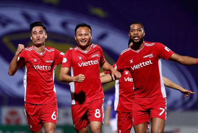 CLB Hà Nội 0-1 CLB Viettel: Trọng Hoàng ghi bàn, Quang Hải kém duyên - 23