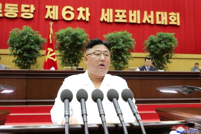 Ông Kim Jong-un: Triều Tiên đang đối mặt tình hình tồi tệ nhất - 2