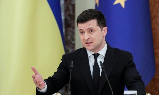 Nga điều động khí tài sát biên giới, Ukraine hối thúc NATO nhanh kết nạp - 1