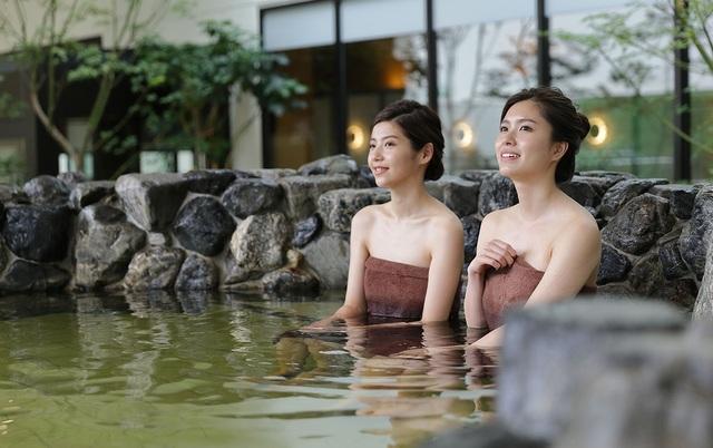 Solaniwa Onsen - công viên giải trí suối nước nóng lớn nhất thế giới - 4