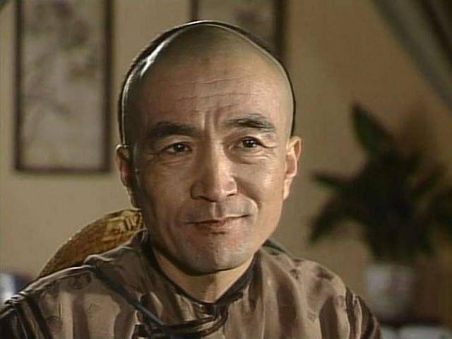 25 năm sau Tể tướng Lưu gù: Phim vận vào đời Lưu Dung và Hòa Thân - 4