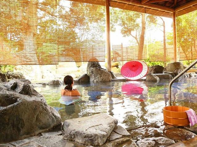 Người Nhật cổ tắm onsen như thế nào? - 1