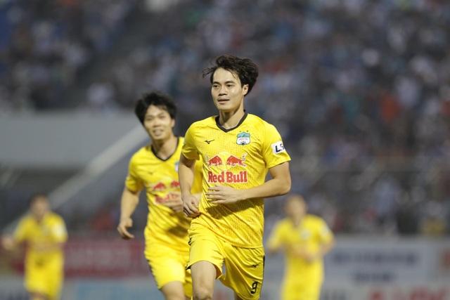 Đà Nẵng 0-2 HA Gia Lai: Bàn thắng siêu đỉnh của Văn Toàn - 9