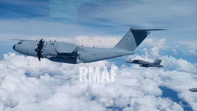 Tàu sân bay Mỹ diễn tập với tiêm kích Su-30 Malaysia trên Biển Đông - 7