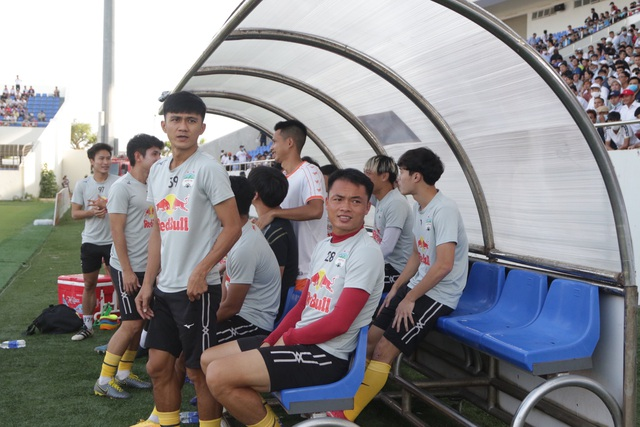 Đà Nẵng 0-2 HA Gia Lai: Bàn thắng siêu đỉnh của Văn Toàn - 17