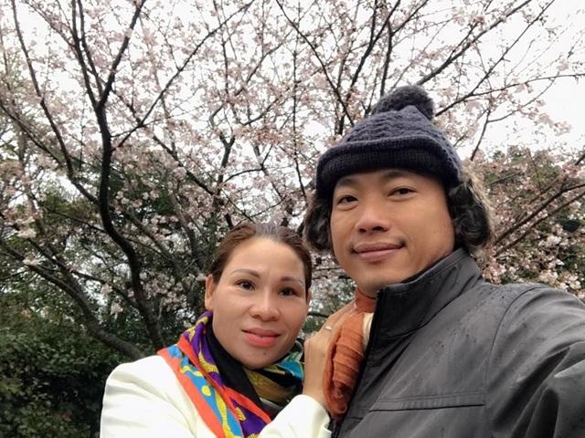 Hôn nhân kín tiếng của Kinh Quốc và người vợ đại gia  - 5