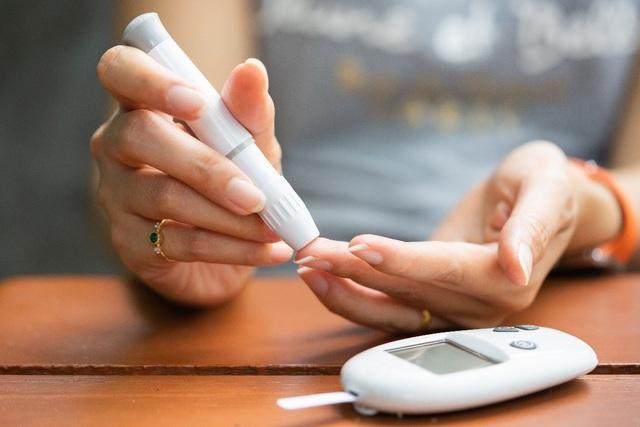 Tìm hiểu cách quản lý đái tháo đường tốt hơn bằng thiết bị đo đường huyết liên tục - 1