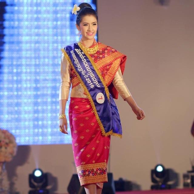 Nhan sắc ngọt ngào của tân Hoa hậu Thế giới Lào - 6