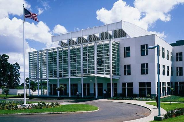 Quan chức sứ quán Mỹ treo cổ trong khách sạn ở Kenya - 1