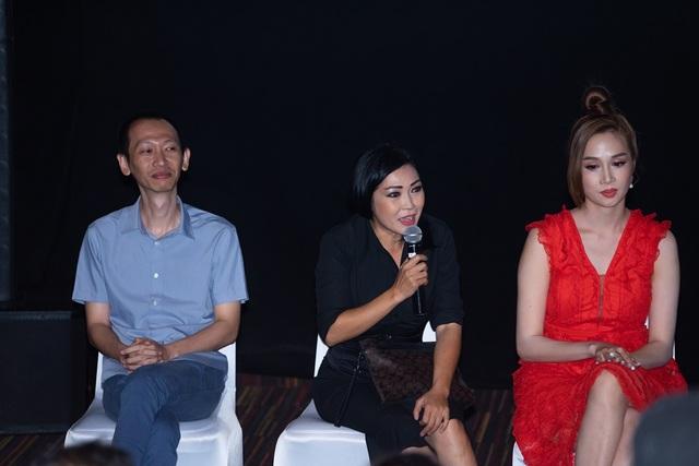 Phương Thanh tiết lộ phải độn ngực phì nhiêu để vào vai Tú Bà - 8