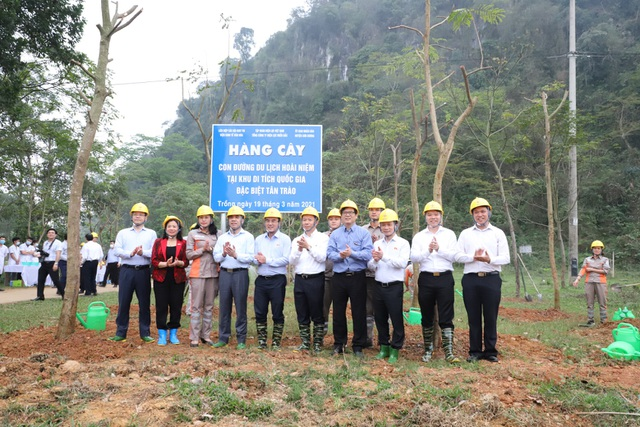 Tổng công ty Điện lực miền Bắc hưởng ứng Lễ trồng cây trên các Con đường du lịch hoài niệm các di tích Quốc gia - 5