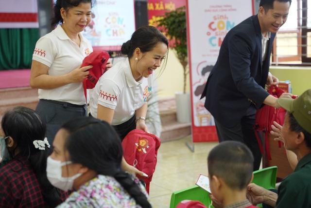 Hàng trăm phụ huynh hào hứng tham gia chương trình Sinh Con, Sinh Cha ở Bắc Ninh - 4