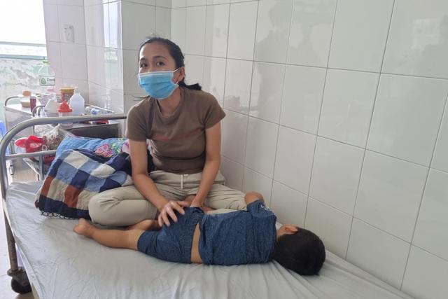 Trẻ mắc bệnh tay chân miệng ở Đà Nẵng tăng cao - 2