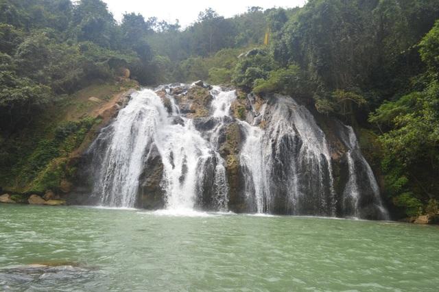 Quảng Trị: Khảo sát đầu tư khu du lịch sinh thái thác Tà Puồng - 1