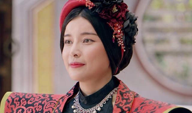 Phương Thanh tiết lộ phải độn ngực phì nhiêu để vào vai Tú Bà - 4