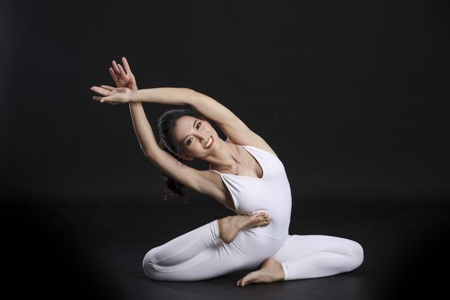 Màn trình diễn của giáo viên yoga 9x giữa khu bảo tồn tuyệt đẹp ở Gia Lai - 8