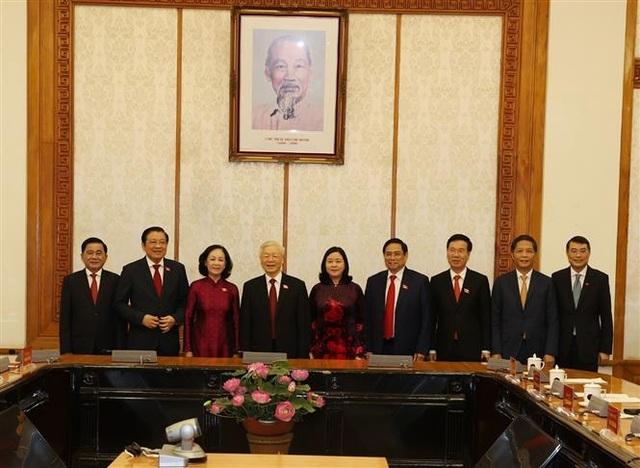 Bộ Chính trị phân công công tác với 1 Ủy viên Bộ Chính trị, 1 Bí thư TƯ - 3