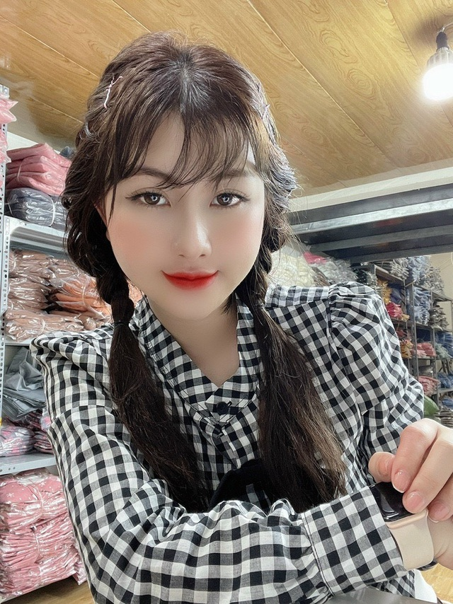 Chủ thương hiệu thời trang Nguyễn Trang tư vấn cách phối đồ cho người chân to - 4