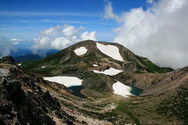 Tìm về ba ngọn núi thánh của xứ Phù Tang - 3