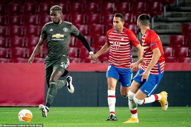 Man Utd mở toang cửa vào bán kết, Arsenal sảy chân đáng tiếc - 5