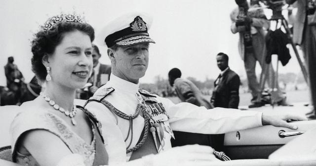 Ngoại hình cực phẩm và điển trai thời trẻ của Hoàng thân Anh vừa qua đời - 12
