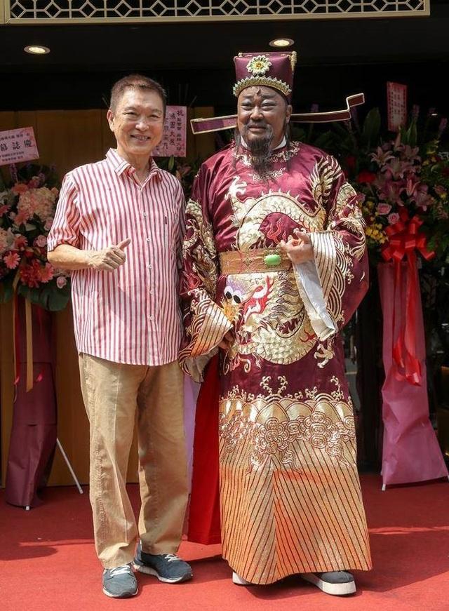 Cuộc sống tuổi xế chiều của bộ ba huyền thoại trong Bao Thanh Thiên - 12