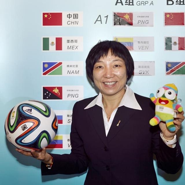 Cuộc đời phi thường của Tôn Văn, huyền thoại bóng đá nữ Trung Quốc - 3