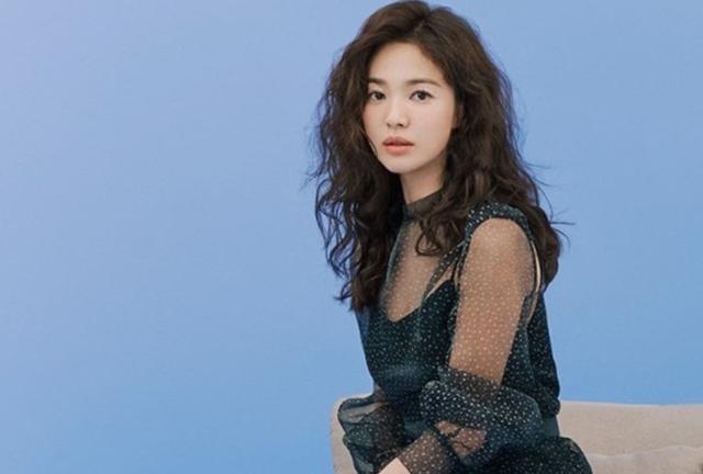 2 năm sau khi ly hôn, Song Hye Kyo chỉ muốn sống bình thường - 4
