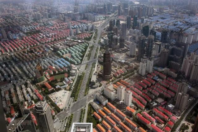 Sốt đất khắp thế giới: Nhiều nước siết tín dụng, ghìm cương bong bóng bất động sản - 2