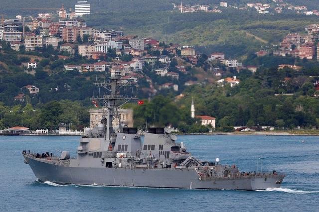 Căng thẳng leo thang, Mỹ tính đưa tàu chiến tới sân nhà của Nga - 1
