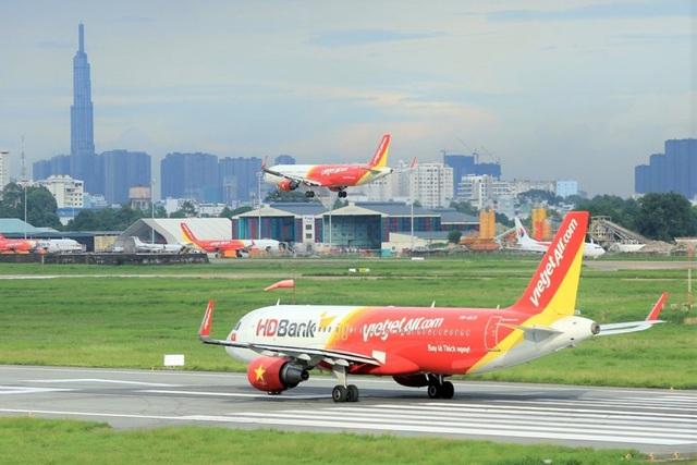 Bộ GTVT: Chưa tính đến việc áp giá sàn vé máy bay - 2