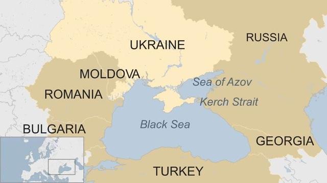 Mỹ đưa 2 tàu chiến mang tên lửa áp sát biên giới Nga - 2