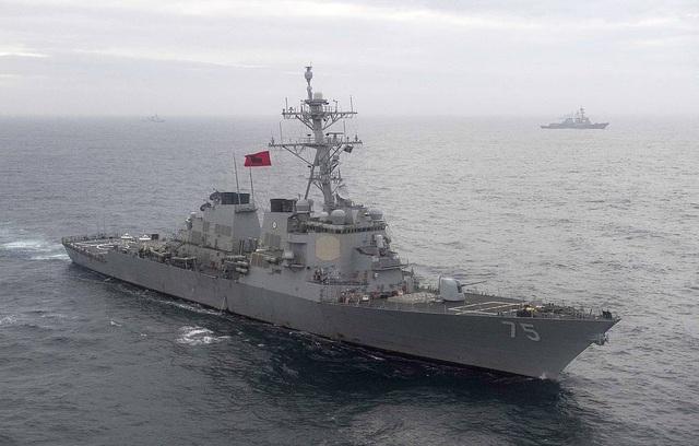 Mỹ đưa 2 tàu chiến mang tên lửa áp sát biên giới Nga - 1